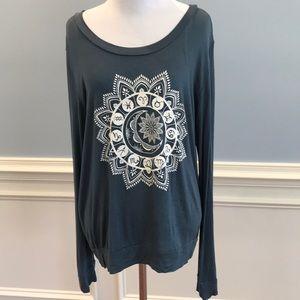 EUC Long sleeve tshirt with cool design